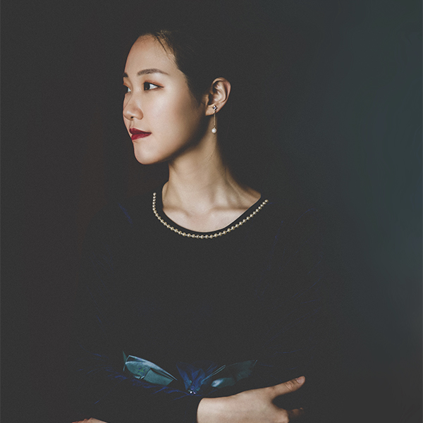 Ying Li headshot