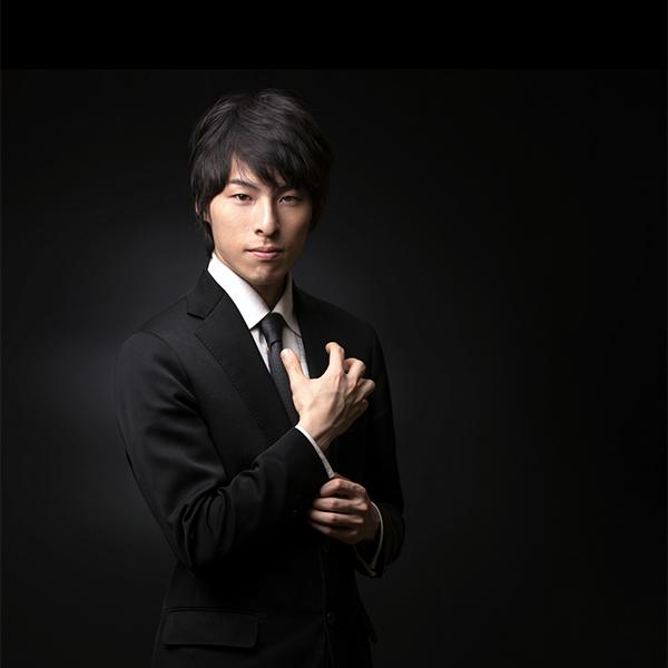 Takashi Yasunami headshot